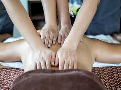4-Hands Massage